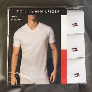 Tommy Hilfiger V-Necks 3 Pack, White, Size Medium